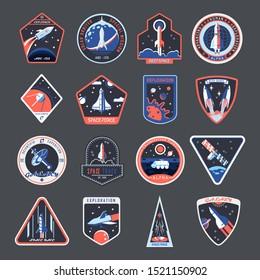 Weltraumflecken, Galaxienerforschung und Astronautenvektorkarten und Raumschiffembleme. Vintage-t-Shirt-Design, Raumzwang Raketen, Mars und Mond Expeditionsshuttle
