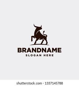 Standing Bulls Logo