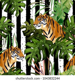 Summer seamless pattern. Tropical print with tiger and palm leaves. Vector illustration. Watercolor style