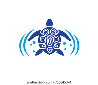 Swimming turtle on the ocean
