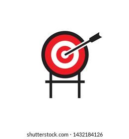 Imágenes, fotos de stock y vectores sobre Shot On Target