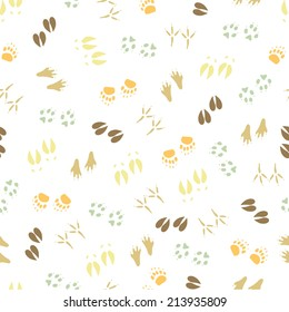 Traces animals seamless pattern. Color.