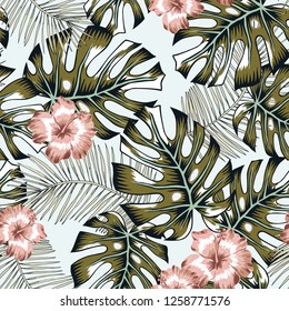 Tropical palm leaves, pink hibiscus flowers, light background. Vector seamless pattern. Jungle foliage illustration. Exotic plants. Summer beach floral design. Paradise nature