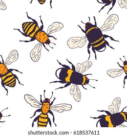 Vector bees set - seamless pattern. Hand drawn ink sketch with bumblebee insect. Wild animal drawing