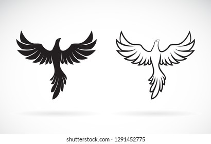 Vector of birds design on a white background,. Wild Animals. Easy editable layered vector illustration.
