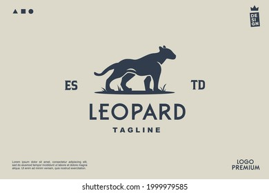 vector black panther, leopar shilhouette minimalist simple logo Perfect for any brand and company