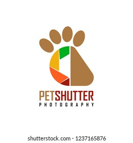 Vector Pet Shutter design logo template. It's simple combination shutter camera and paw animal. You can use logo, icon, symbol for brand or industry company. Pet shop, studio photo animal.