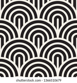 Vector seamless pattern. Concentric bold circles. Geometric striped ornament. Round lines stylish background.