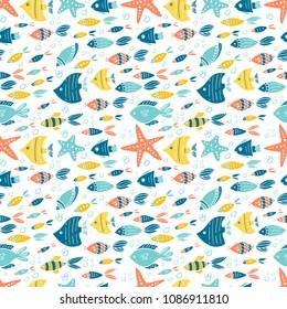 Vector underwater world seamless pattern. Hand drawn elements fishes, starfish.  Underwater world illustration. Sea life.