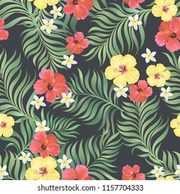 Vintage exotic seamlees pattern with tropical flowers and palm leaves. Vector hand darwn background.