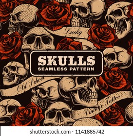 Vintage seamless background with skulls and roses. Old school tattoo pattern.