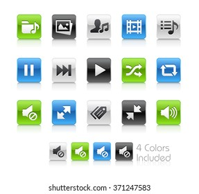 Web and Mobile Icons 7 / The file Includes 4 color versions in different layers.