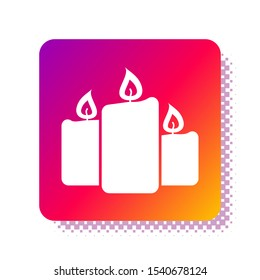 White Burning candles icon isolated on white background. Old fashioned lit candles. Cylindrical aromatic candle sticks with burning flames. Square color button. Vector Illustration