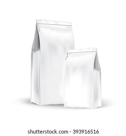 White set paper bags for bulk products, tea, coffee, spices. Package prezantation your products.