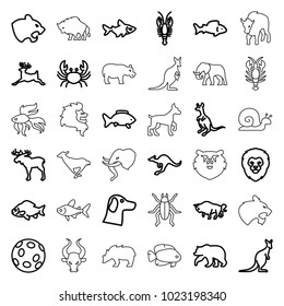 Wildlife icons. set of 36 editable outline wildlife icons such as fish, moose, bear, lion, panther, crab, buffalo, cangaroo, deer, wolf, extinct sea creature, dog, beetle