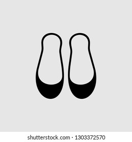 Women pair of shoes icon. Element of Theatre icon for mobile concept and web apps. Detailed Women pair of shoes icon can be used for web and mobile