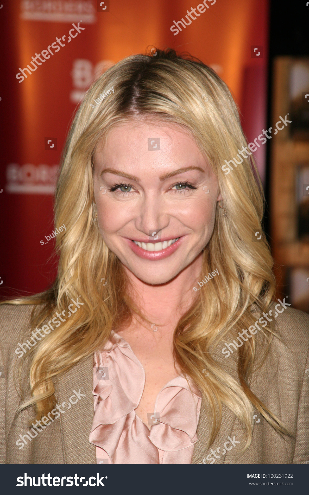 Portia De Rossi At An In Store To Sign Her New Book