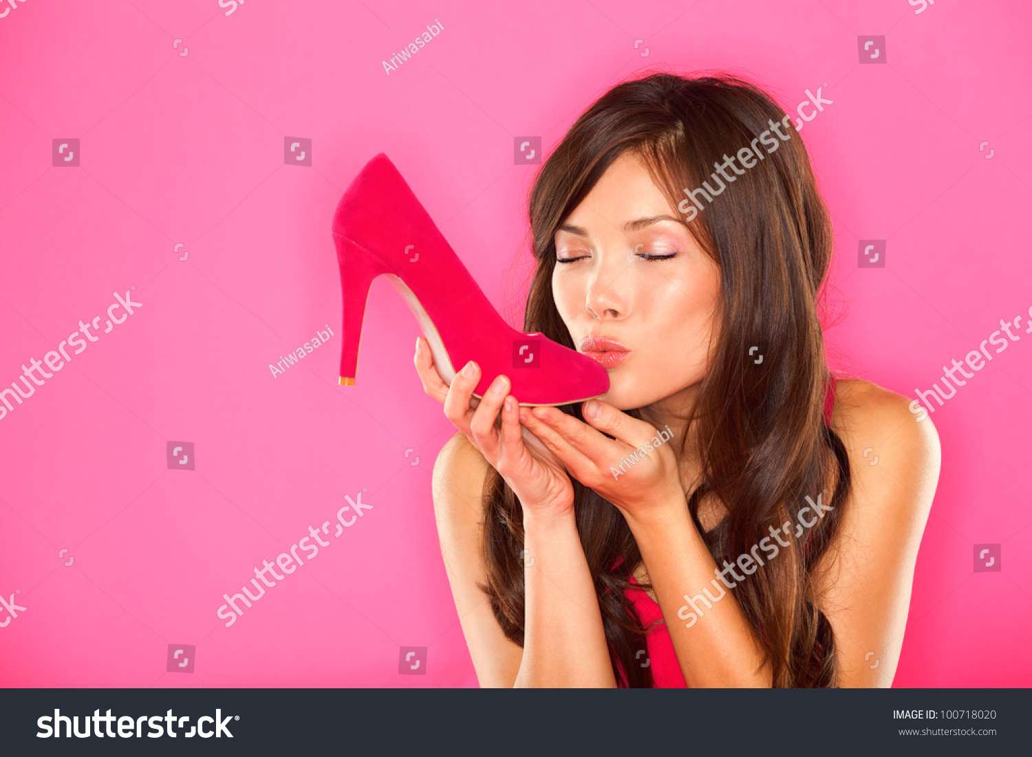 Girl who loves shoes dating