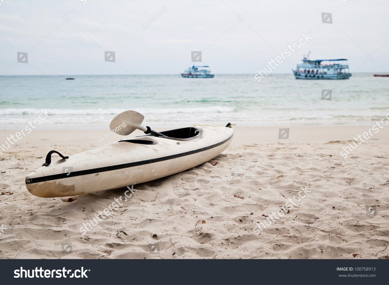 Kayak Boat On White Sand Beach Stock Photo 100758913 ...