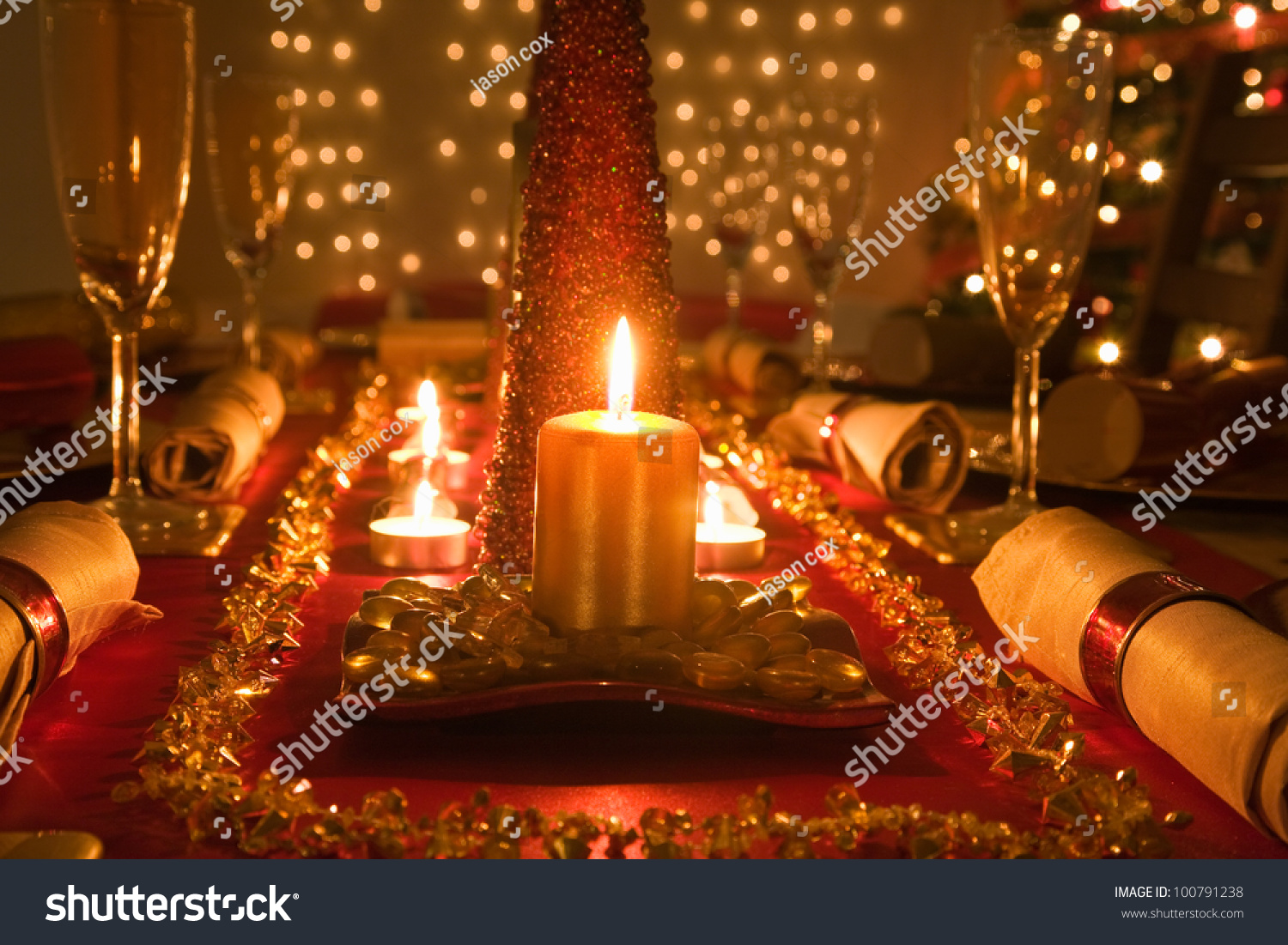 Christmas table decorations red and gold - Table Decorated Red And Gold For Christmas Day Dinner Preview Save To A Lightbox
