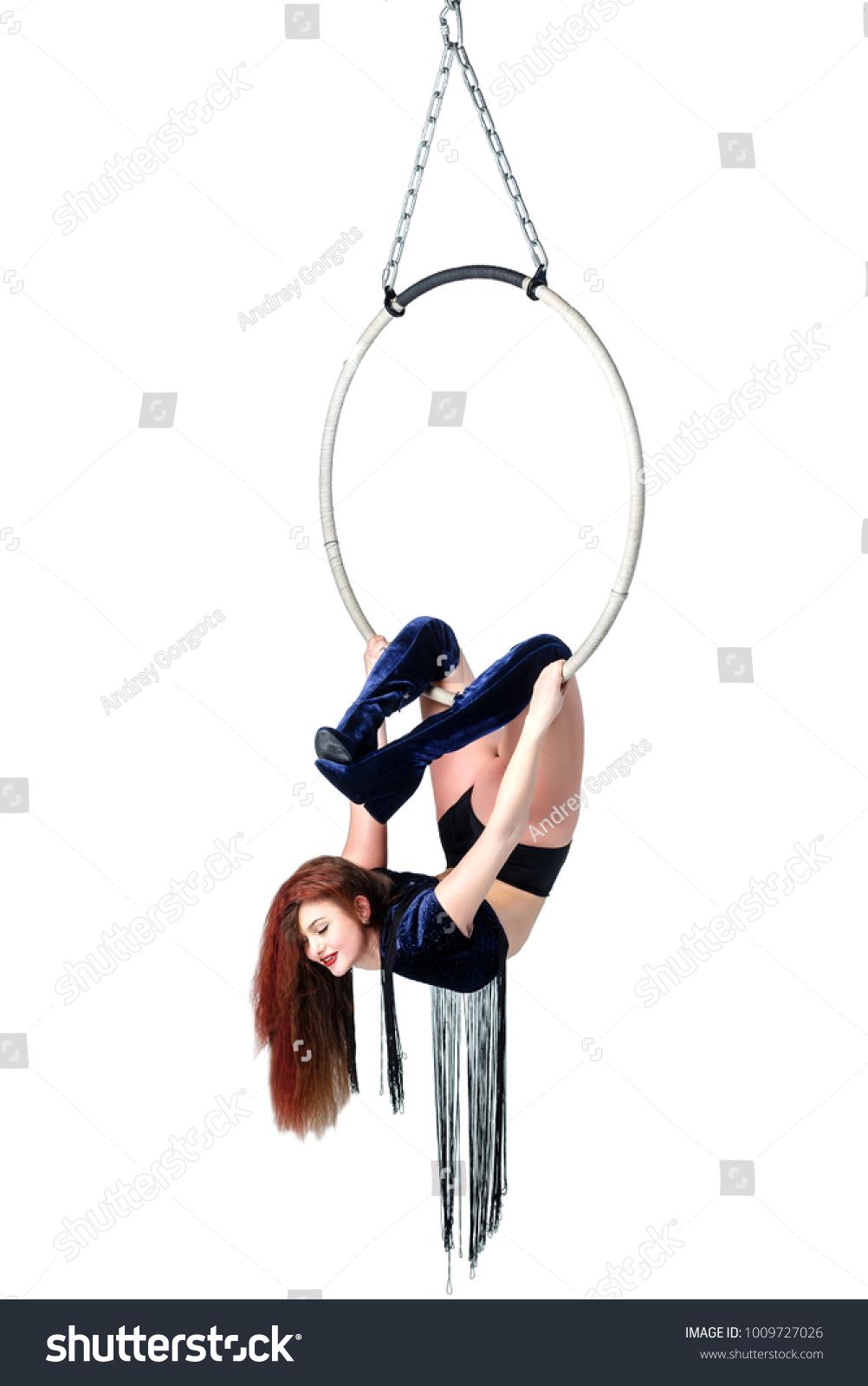 Aerial Acrobat Hoop Beautiful Girl Performs Stock Photo 1009727026 ...