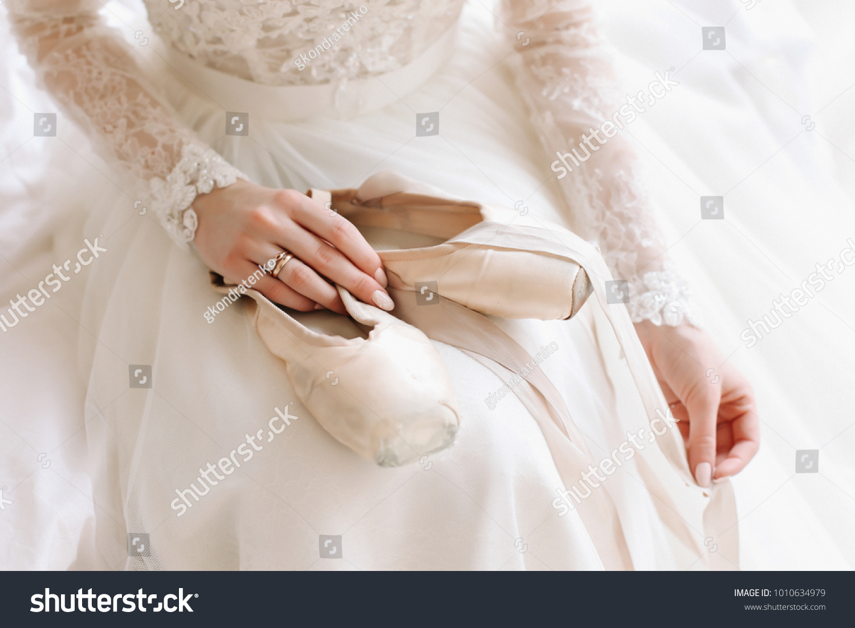 Bride Elegant Classic Wedding Dress Shoes Royalty Free Stock Image