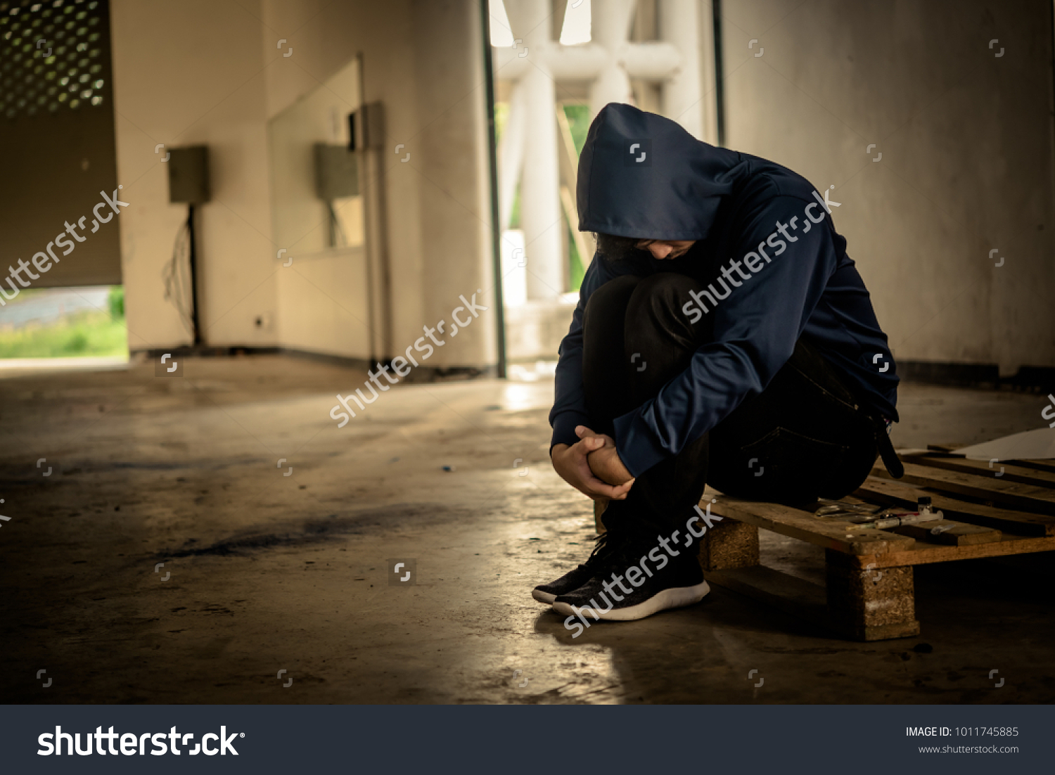 Asian Men Drug Addicts Inject Heroin Stock Photo (Edit Now) 1011745885