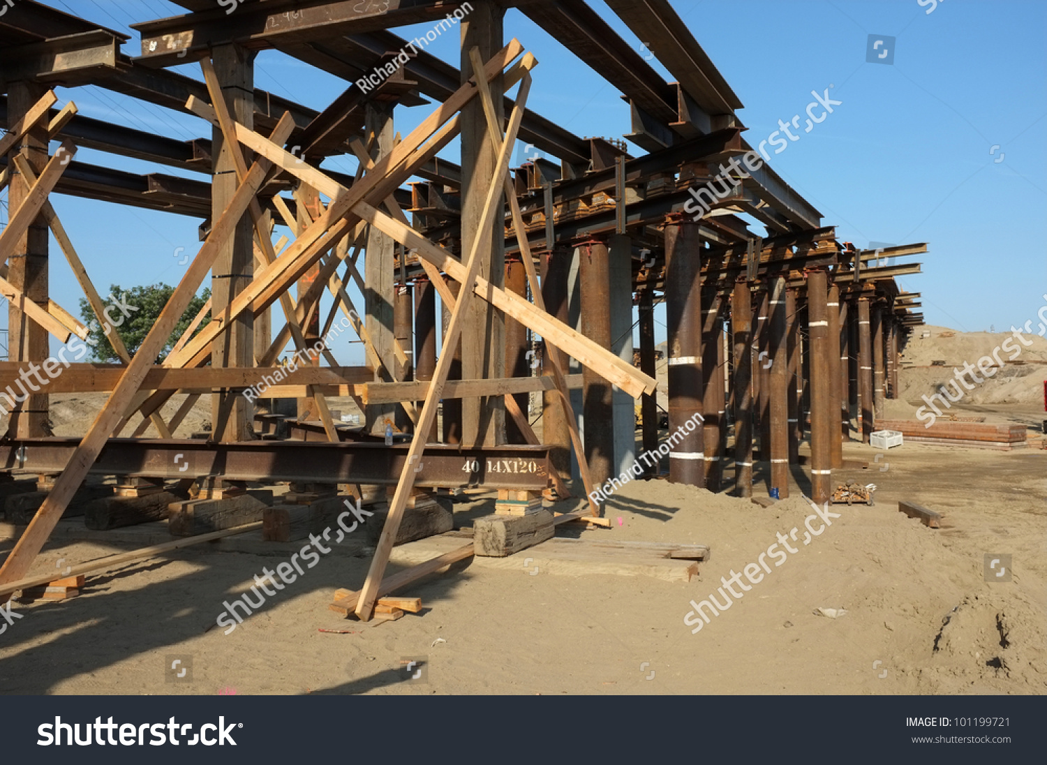 Portable Bridge Construction : Bridge construction project temporary wood bracing stock
