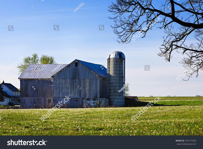 Pennsylvania amish barn on spring morning stock photo 101277292 a pennsylvania amish barn on a spring morning biocorpaavc Images