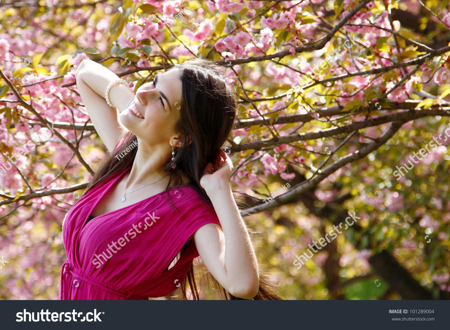 spring garden asian girl personals Meet face to face with japanese people in their true culture for dating, becoming friends or learning japanese language  i met 2 girls as a friend.