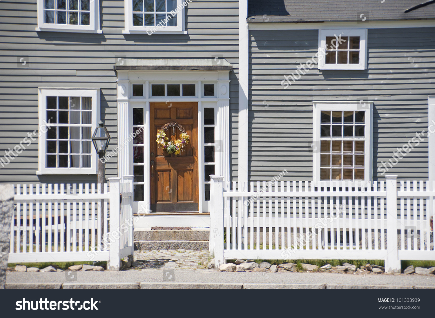 Front entrance and door to old colonial home from the 1700\u0027s. & Front Entrance Door Old Colonial Home Stock Photo 101338939 ... Pezcame.Com