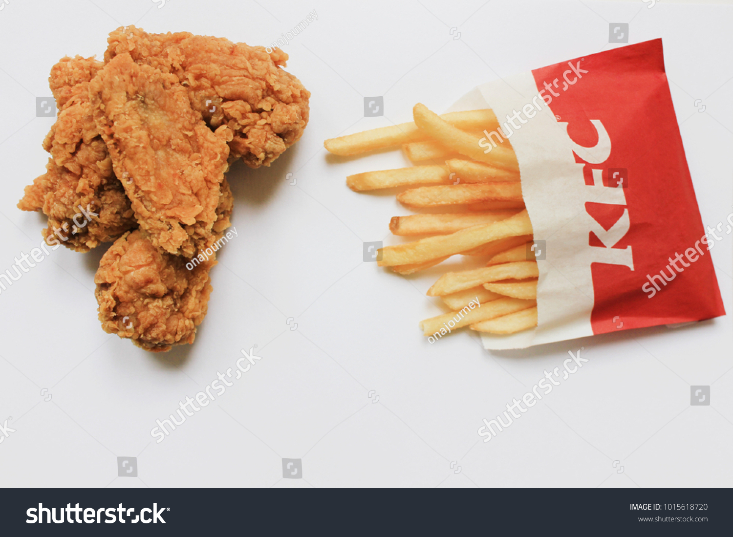 MOSCOW RUSSIA FEBRUARY 1 2018 KFC Stock Photo (Edit Now) 1015618720 ...