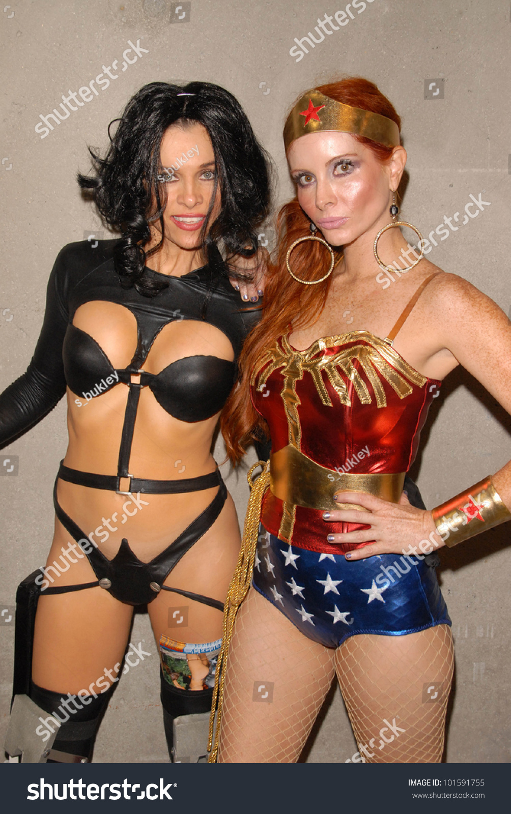 Alicia Arden as Aeon Flux with Phoebe Price as Wonder Woman at San Diego  Comic Con