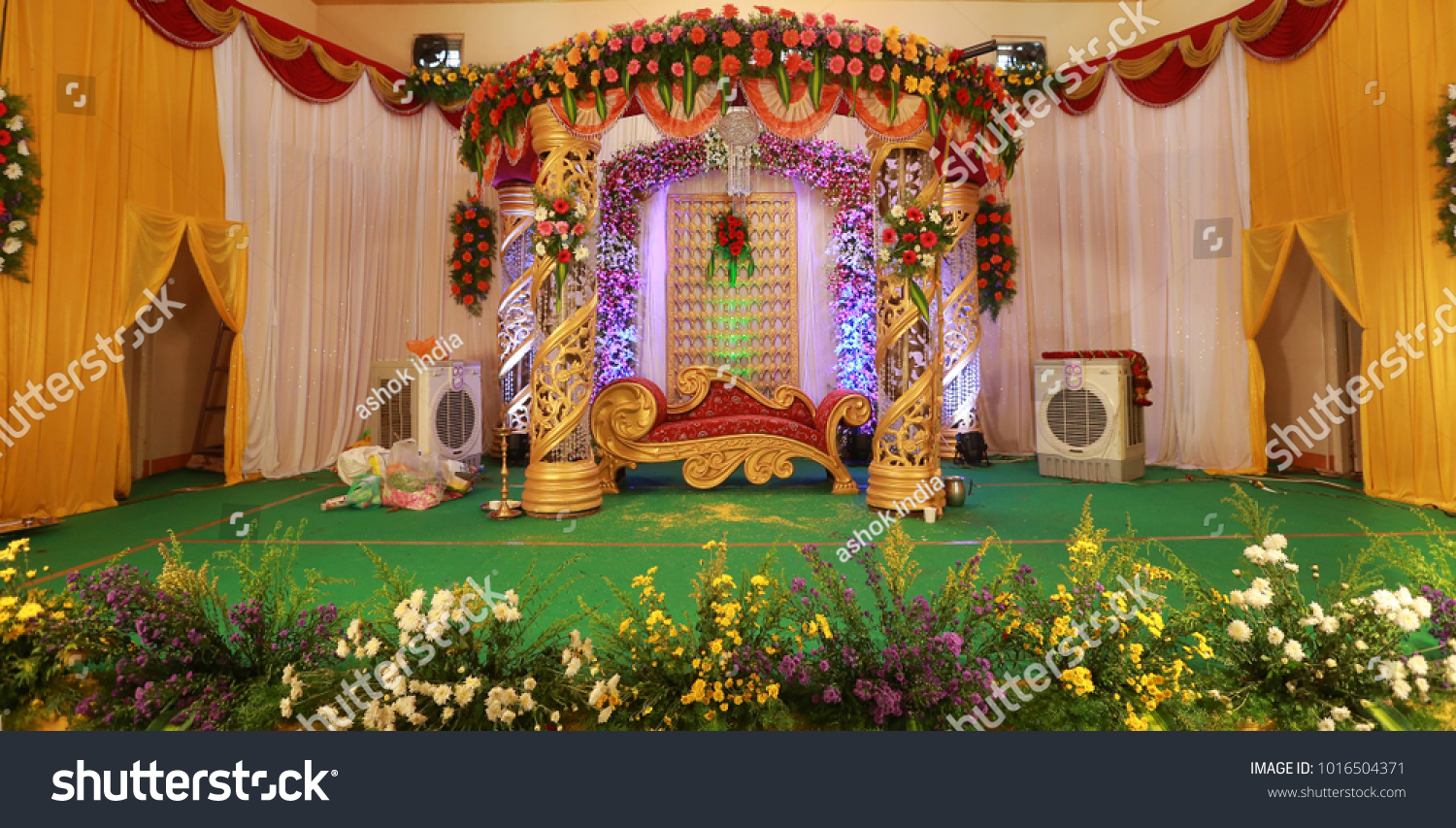 Wedding Stage Decoration Flowers Stock Photo Edit Now 1016504371