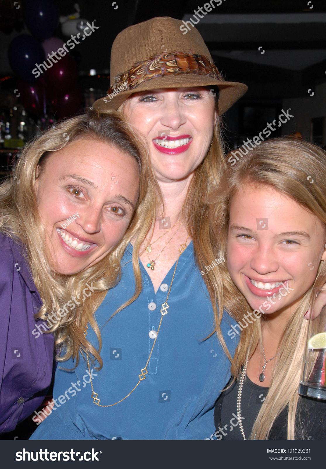 Lucie Jones,Klariza Clayton (born 1989) Erotic gallery Vanessa Bell Calloway,Denise Barbacena (b. 1994)
