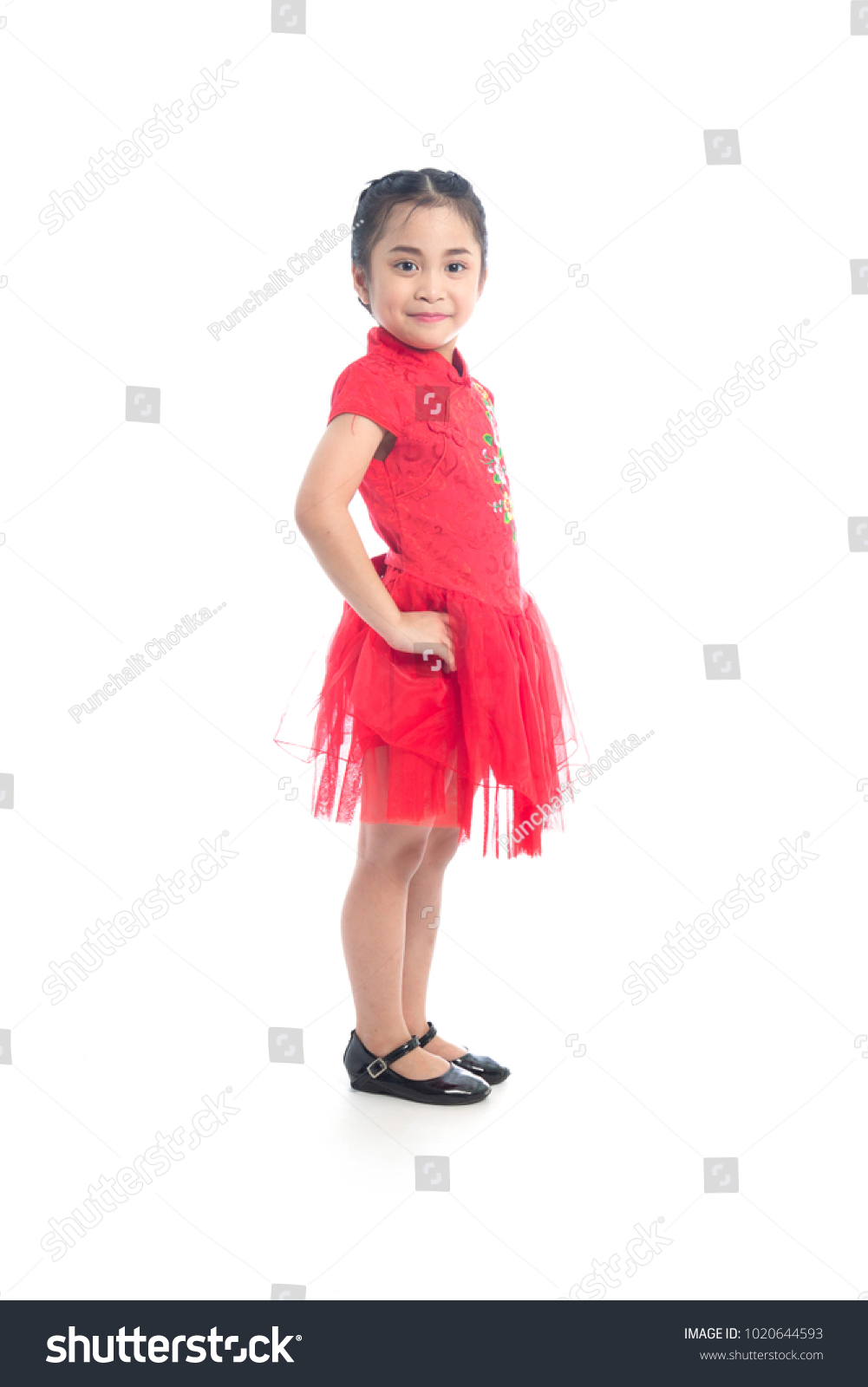 Cute Asian girl in traditional red Chinese dress short sleeve, QiPao ...