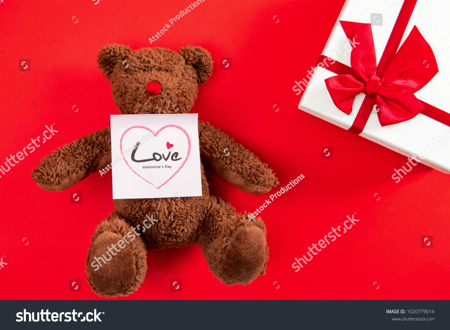 Valentines Day Gift Box Cute Bear Royalty Free Stock Image