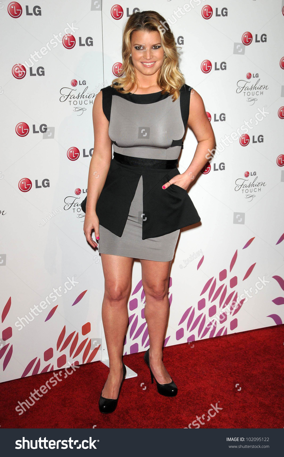 """Jessica Simpson At The Lg """"Fashion Touch"""" Party, Soho ..."""