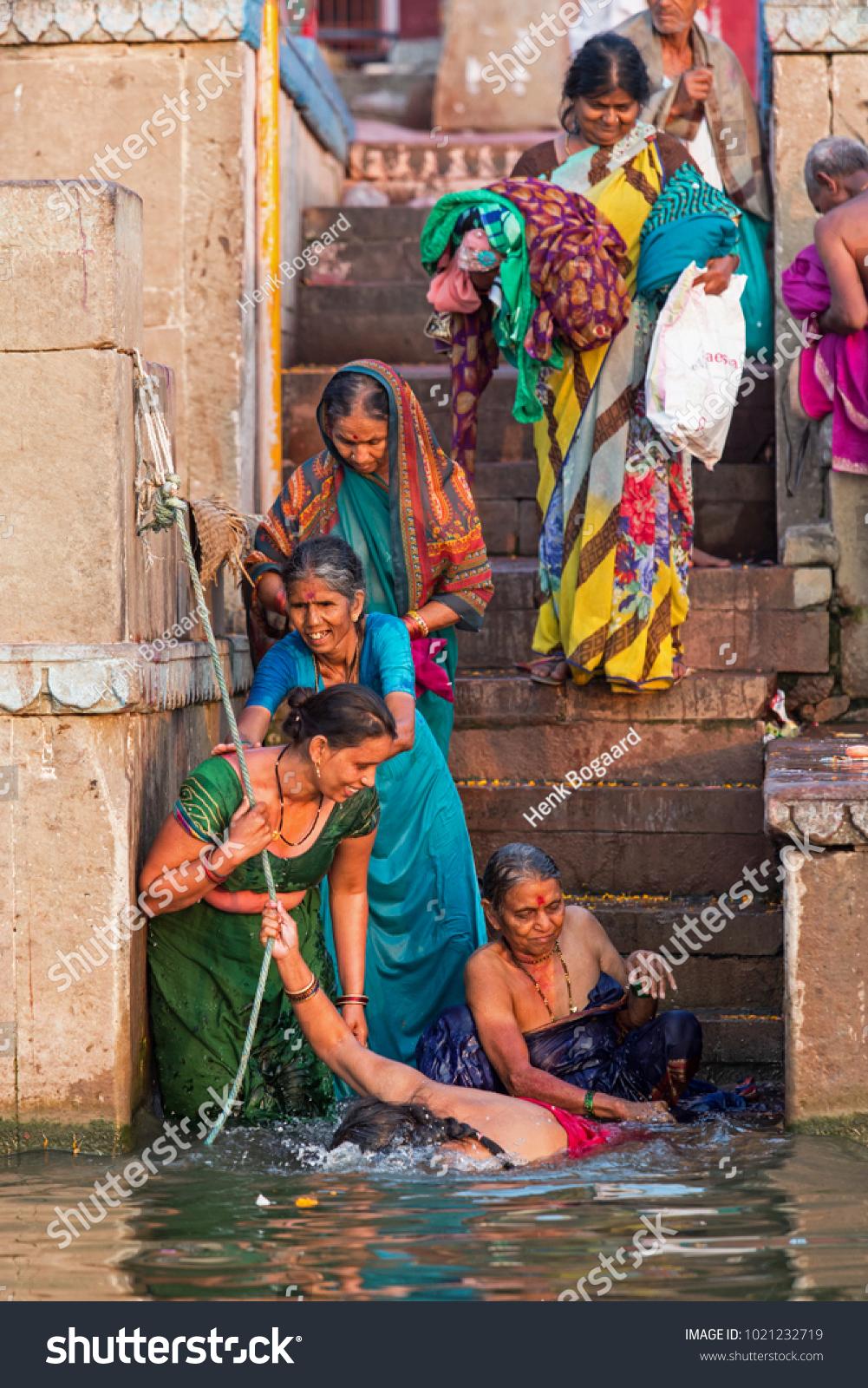 Varanasi, India - March 18, 2014 Unidentified Indian -6636
