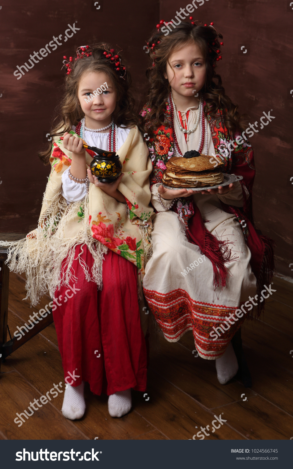 Two Girls In Beautiful Russian Costumes Keep The Pancakes Ez Canvas