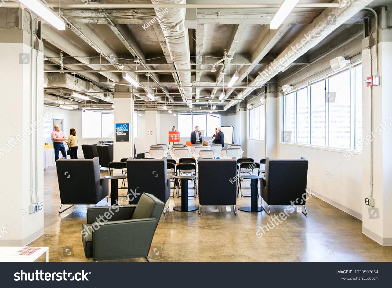 Chattanooga Tn Usa 080116 Modern Office Stock Photo Edit