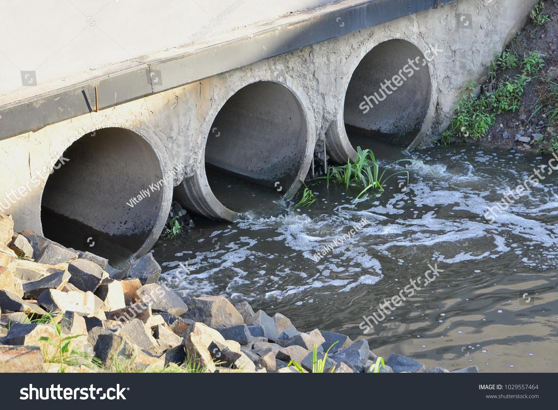 Polluting Water Environment Through Concrete Waste Stock
