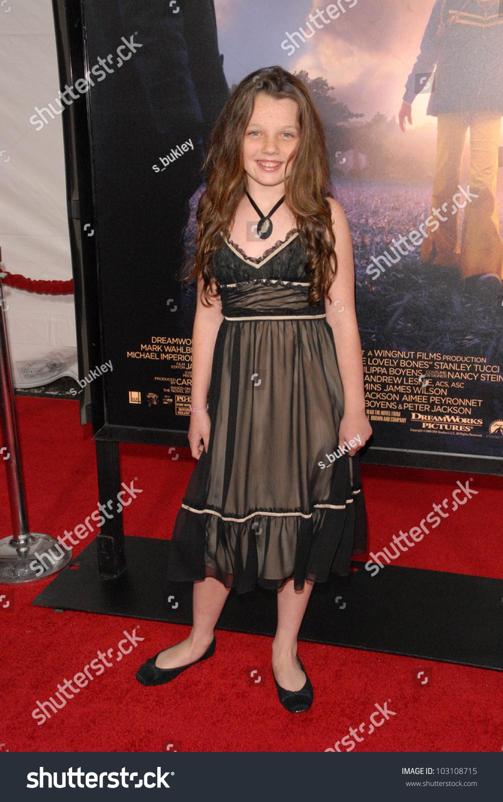 Stefania Owen editorial photo. Image of premiere, actor ... |Stefania Owen Lovely Bones