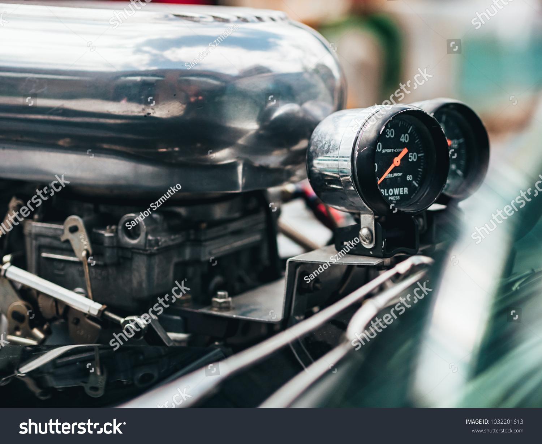 London Uk 22042017 Muscle Car Engine Stock Photo 1032201613 ...