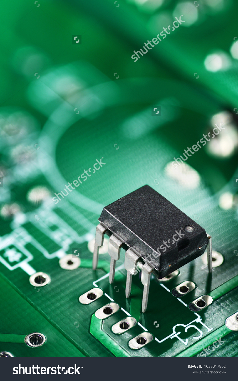 Integrated Circuit Electronic Component On Green Stock Photo Edit Stockfoto Printed Board Pcb Used In Industrial The Or