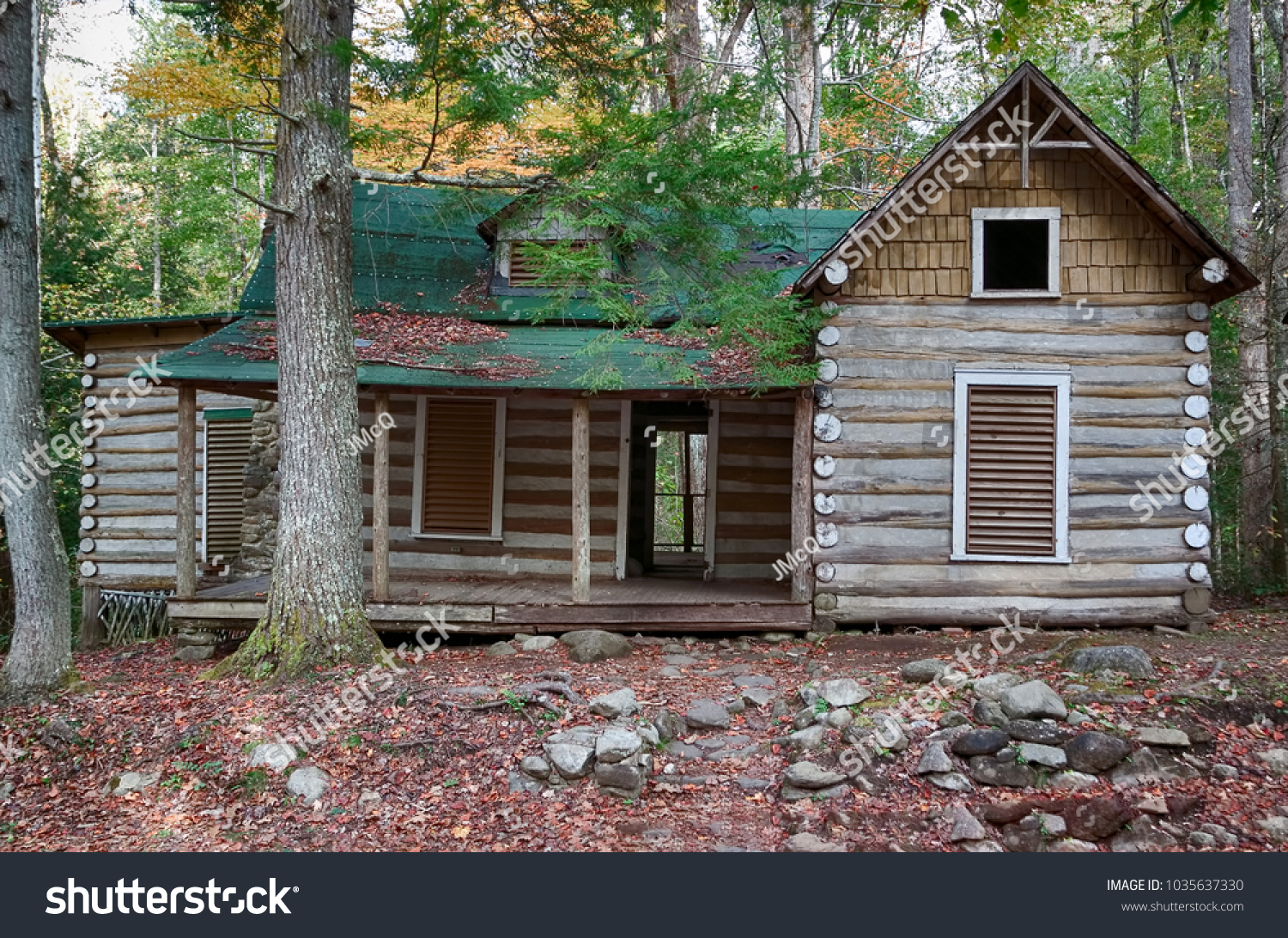 great clubhouse historic smoky mountain cabins mountains district national park in pin elkmont at
