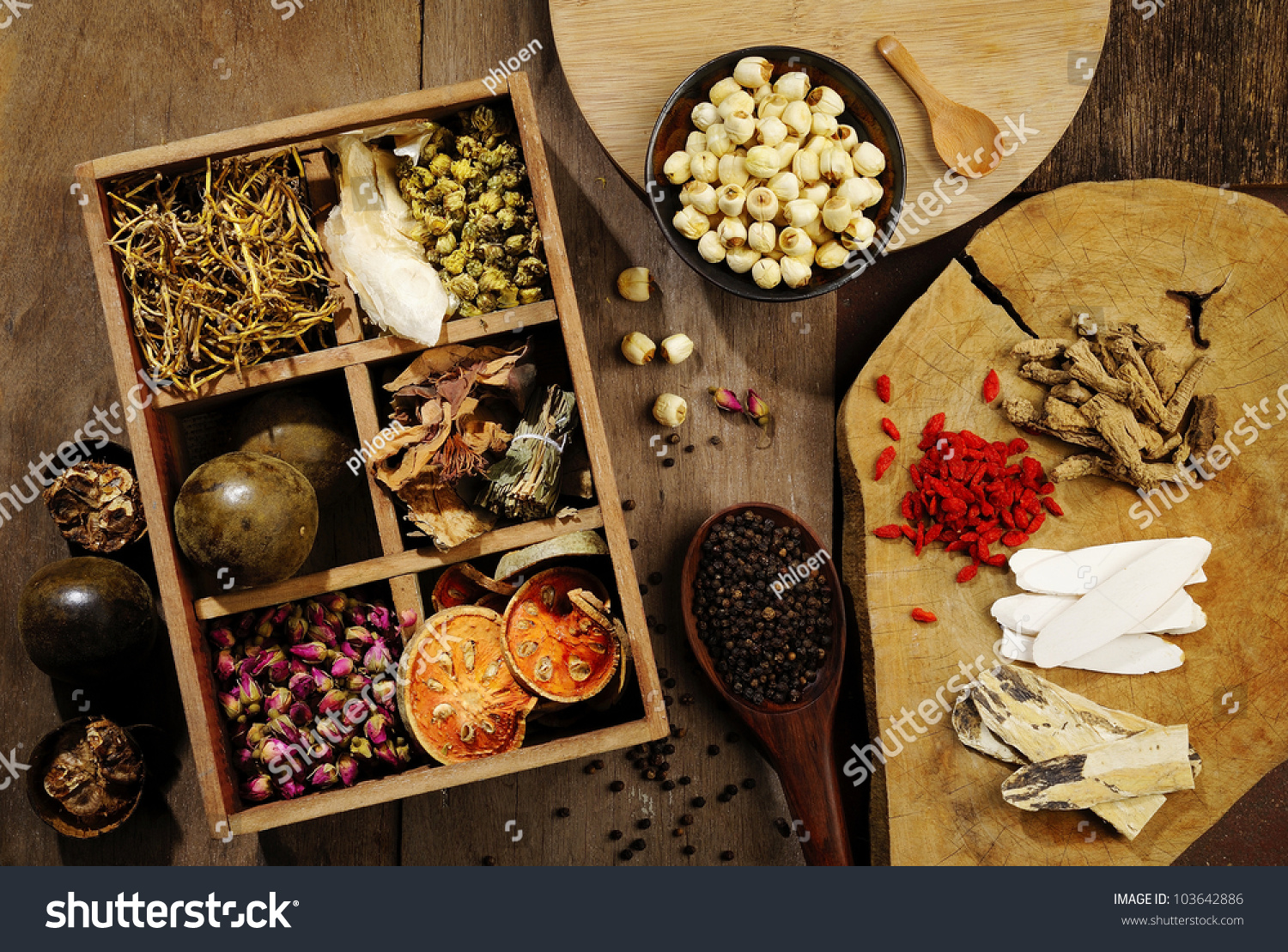 Chinese flower tea - Chinese Herbal Medicine And Flower Tea On Wooden