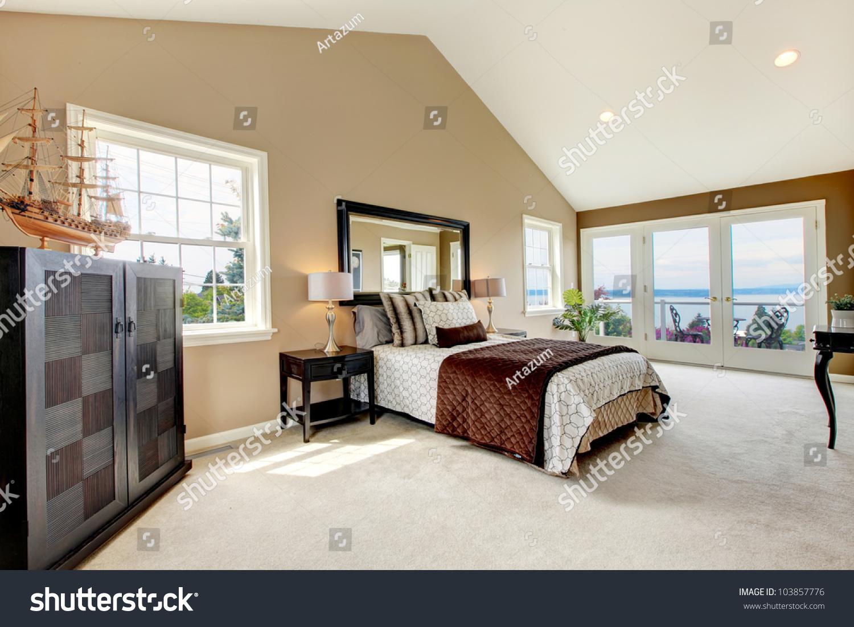 Large Bedroom Beige Classic Large Bedroom Water View Stock Photo 103857776