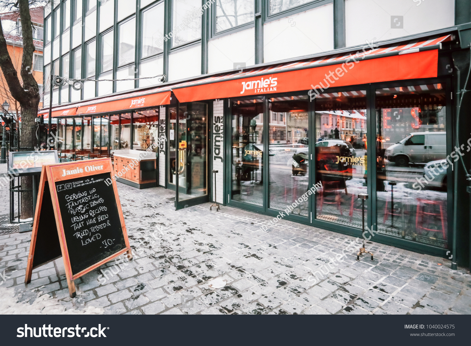 Budapest Hungary March 4 2018 Jamies Stock Photo Edit Now 1040024575