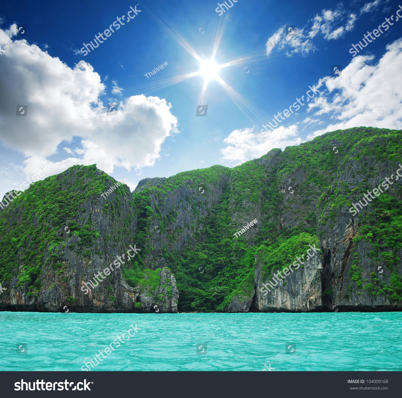 Phi Phi Relax Beach Resort: Maya Bay Phi Phi Island Krabi Stock Photo 104009168